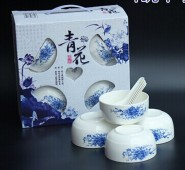 批发供应青花瓷 韩式碗 餐具套装 礼品袋套装 碗勺餐具